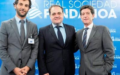 Real Sociedad Fundazioa y Centro Gráfico Ganboa firman un acuerdo de colaboración.